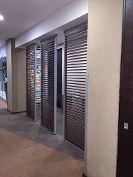 Screening and partitioning for offices