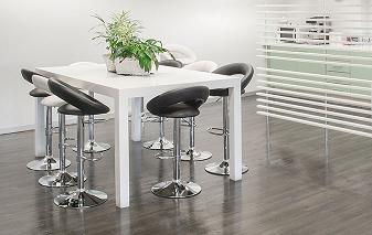 Kitchen Waiting Area Stools Image