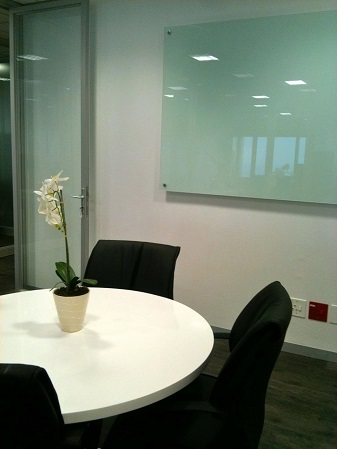 Glass White Boards Image